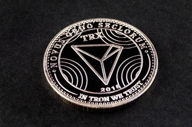 המטבע טרון